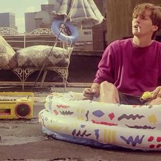 Andrew McCarthy in Weekend at Bernie's My Stomach Hurts, It Hurts, Weekend At Bernies, Andrew Mccarthy, Mc Carthy, Happy Weekend, To My Daughter, Laughing, Babe