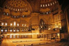 The Blue Mosque (Called Sultanahmet Camii in Turkish) was built by Sedefkar Mehmet Aga in the sultan Ahmet's time between years. Places To See, Places Ive Been, Sultan Ahmed Mosque, Blue Mosque Istanbul, Istanbul Turkey, Travel List, Travel Destinations, Beautiful Places, To Go