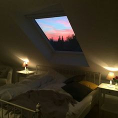 Pin by Arsfradova dova on architecture sky in 2020 Dream Rooms, Dream Bedroom, My New Room, My Room, Aesthetic Bedroom, Sky Aesthetic, Room Goals, House Rooms, My Dream Home