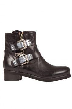 Boots noires femme 159.00 € #fashion
