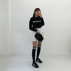 Ulzzang fashion | Kfashion Casual Skirt Outfits, Cute Girl Outfits, Kpop Outfits, Cosplay Outfits, Korean Outfits, Casual Skirts, Ulzzang Fashion, Kpop Fashion, Cute Fashion