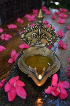 Depicting the Sun, mark of Vishnu, the Moon and flames of fire. Indian Gods, Indian Art, Diwali Festival Of Lights, Diwali Images, Puja Room, Happy Diwali, Diwali Wishes, Brass Lamp, Diwali Decorations