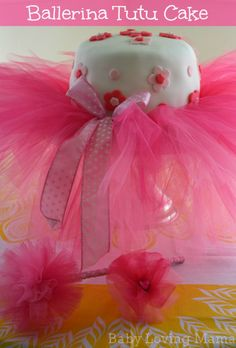 A Ballerina Birthday Party Complete with Tutu Cake #ballerina #birthday # girl #tutu