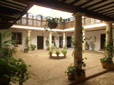 Casa Rural Patio del Siglo XVI para 14 personas en El Toboso