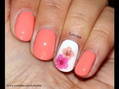 Easy+Spring/Summer+Nail+Design+with+Dry+Flowers tutorial
