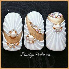 By Mariya Bolotova Bride Nails, Wedding Nails, Fancy Nails, Cute Nails, Bridal Nail Art, Mermaid Nails, Nail Candy, Cool Nail Art, 3d Nails Art