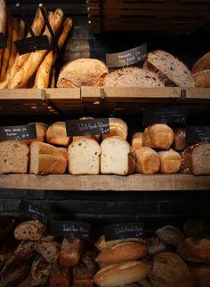 Bread bakery bread display, food displays, window displays, bakery store, b Bread Display, Bakery Display, Snacks For Work, Healthy Work Snacks, Bakery Design, Food Design, Healthy Dinner Recipes, Dog Food Recipes, Food Displays