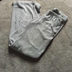 very soft no boundaries sweats very very comfortable and soft no boundaries sweatpants. barely worn.  No Boundaries Pants Track Pants & Joggers