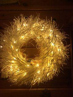 paperinarukranssi Paper Light, Door Hangers, Door Wreaths, Dyi, Paper Crafts, Activities, Inspiration, Ideas, Crafting
