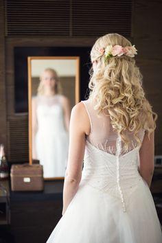 #hotelltylösand #halmstad #wedding #bröllop #vintage #weddingday #hair #weddingdress #hår #flowers #blommor #bröllopsklänning #bröllopsdag #weddinginspiration #bryllop pic by: www.photodesign.nu