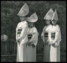 Awaodori : danseuses by PascalDucrey
