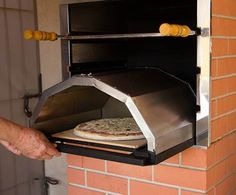 Forno P/ Pizza Adaptável A Churrasqueira À Carvão Barbacoa, Bbq Grill, Grilling, Argentine Grill, Home Pub, Fireplace Design, Four, Outdoor Cooking, Outdoor Rooms