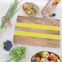 Striped Wood Grain Design - Yellow Kitchen Cutting Board by Natural Collective - Rectangle Marble Cutting Board, Cutting Board Oil, Wood Cutting Boards, Bamboo Cutting Board, Concrete Wood, Concrete Design, Gift From Heaven, Buy Wood, Kitchen Essentials