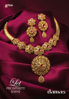 Gold Chain Design, Gold Jewellery Design, Gold Earrings Designs, Indian Gold Necklace Designs, Gold Necklace Simple, Necklace Set, Bridal Jewelry Vintage, Amrapali Jewellery, Damas Jewellery