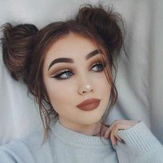 Un maquillage cut crease cuivré