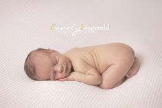 Newborn Pose   Dallas Newborn Photographer   Newborn Photography Workshop