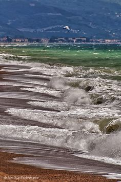 A windy day in Agiokampos (or Agiokambos) beach that takes up the biggest part of the coast line of Larissa Prefecture, Thessaly, Greece The Ocean Led Zeppelin, Travel Around The World, Around The Worlds, Photo Work, Windy Day, Sea Waves, Greek Islands, Vacation Spots, Beautiful Beaches