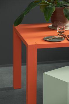 Bordprogrammet er i 2020 udkommet i en Furniture version, der gør det endnu mere elegant og eksklusivt. Office Environment, Elegant, Inspiration, Furniture, Classy, Biblical Inspiration, Home Furnishings, Chic, Inspirational