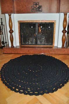 Úžitkový textil - Čierny háčkovaný koberec - 5926842_