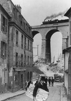 Andre Kertesz  Meudon, Paris  1928