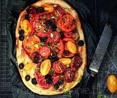 Podpłomyk z pomidorami  A. Rogalski Vegetable Pizza, Food Porn, Vegetables, Vegetable Recipes, Veggies, Treats