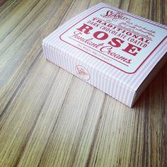 Rose fondant creams