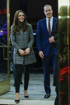 Kate y Guillermo en Nueva York. http://lookandfashion.hola.com/fashionassistance/20141209/kate-middleton-reina-en-nueva-york/