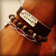 Personalizing your layered look with your own words @randeavenue