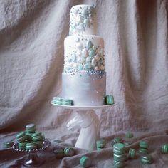 Frozen-inspired cake