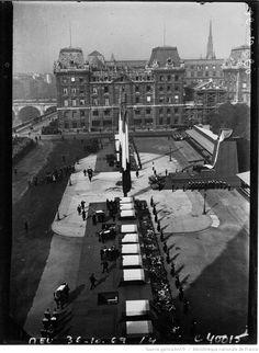 Obsèques du Docteur Charcot et de ses compagnons : vue générale des obsèques : [photographie de presse] / Agence Meurisse