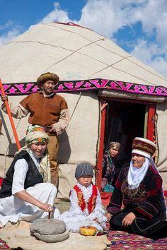 Kırgızistan - Eski Göçebe Yaşamı Hakkı İşcan