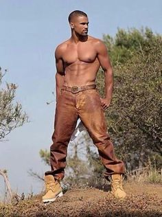 Shemar Moore from Criminal Minds  My God, can they make him any better looking!!!!