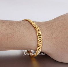 24 ideas for makeup collection box in 2020 Gold Bracelet Indian, Mens Gold Bracelets, Mens Gold Jewelry, Braclets Gold, Gold Earrings For Men, Bangles, Cameo Jewelry, Hand Jewelry, Fashion Bracelets