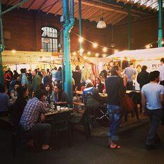 Wochenmarkt: Fr & Sa 10–18:00 Kantine & Café: Mo–Sa 12–16:00 Streetfood Thrusday: Do 17–22:00