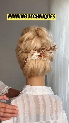 Hot Hair Styles, Medium Hair Styles, Curly Hair Styles, Bun Hairstyles For Long Hair, Bride Hairstyles, Bridesmaid Hair Updo, Prom Hair, Hair Upstyles, Hair Videos