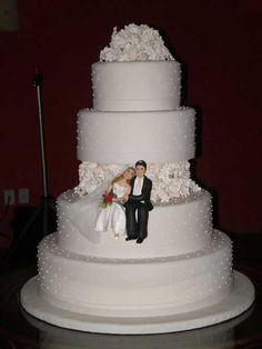 New Wedding Reception Music Cake Toppers Ideas Amazing Wedding Cakes, Elegant Wedding Cakes, Wedding Cake Designs, Amazing Cakes, Nontraditional Wedding, Pretty Cakes, Beautiful Cakes, Wedding Reception Music, Wedding Cake Inspiration