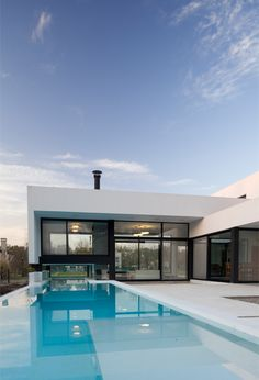 Casa Lima in Argentina by REMY Arquitectos