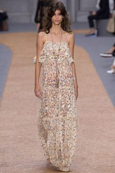 Chloé Spring 2016. See the entire new collection on Vogue.com