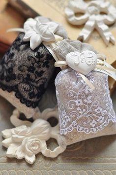 Абсолютная гармония: кружево и мешковина - Happy moments: декор для праздников, таблички для фотосессии, свадебные пригласительные, банкетные карточки, планы рассадки гостей, оформление свадеб и праздников, упаковка подарков