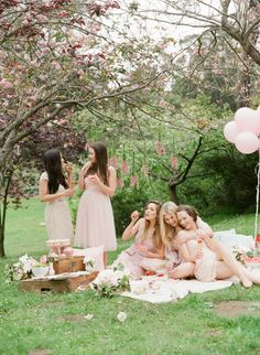whimsical & dreamy picnic party with Gal Meets Glam x @BHLDN
