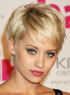 there are many days I wish I could pull this kind of haircut off...