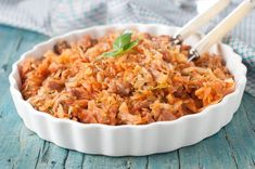 Cooked Cabbage in a Skillet Turkish Recipes, Ethnic Recipes, Cabbage And Noodles, Pasta With Meat Sauce, Pasta Substitute, Cooked Cabbage, Food For Thought, Pasta Recipes, Macaroni And Cheese