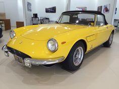 Fiat 850, Road Runner, Car In The World, Cool Cars, Ferrari, Spider, Films, Graphics, Facebook