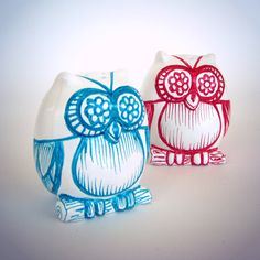 Owl salt and pepper shakers ceramic hand painted red and turquoise by sewZinski