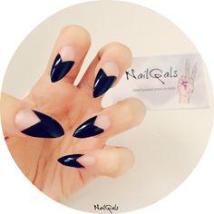 black chevron half moon stiletto nails www.nailgals.com #stilettonails #glueonnails #pressonnails #falsenails #nailart #naildesigns #blacknails