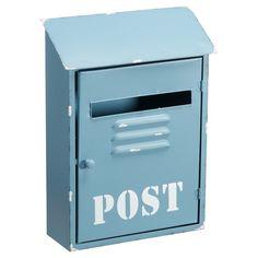Metalen brievenbus met verweerde look. Kleur: blauw. Afmeting: 26x10x37 cm (lxbxh). #KwantumLente #tuin #tuindecoratie #brievenbus