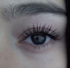 eye, eyes, and grunge resmi Disney Instagram, Instagram Girls, Pretty Eyes, Beautiful Eyes, Teen Wolf, Throne Of Glass, Landscape Illustration, Illustration Art, Eyelashes
