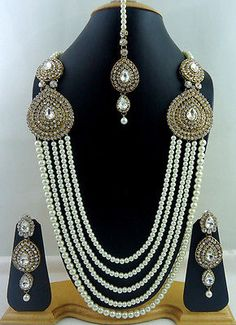 White Crystal Pearl Gold Tone 5 Line Rani Haar Long Necklace Jewelry Set 4 Pcs Indian Jewelry Sets, Indian Accessories, India Jewelry, Choker, Pakistani Jewelry, Glamour, Schmuck Design, Bridal Jewelry, Bridal Necklace