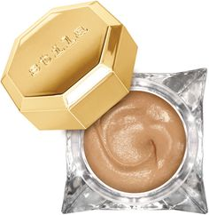 Opulently-whipped, yet refreshingly lightweight, Stila's delicately pigmented Lingerie Soufflé Skin Perfecting Color smooths and blurs for a naturally fresh-looking complexion.
