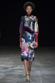 Показ коллекции Mary Katrantzou ready-to-wear сезона осень 2017 - Новости на pre-party.com.ua
